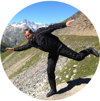 Tom fliegt